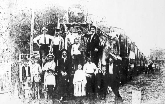 Crowd gathered around an H&TC engine at the Austin Depot (source: Elgin Depot Museum)